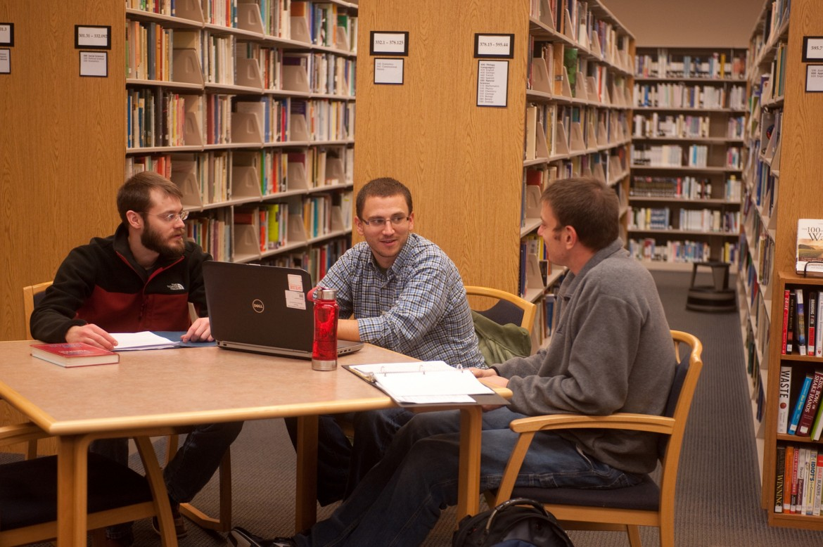 Pastoral Ministries students study together in this photo from 2013. The Hesston College Pastoral Ministries program will take a one-year sabbatical following the 2013-14 year in order to discern  how best to meet changing leadership and pastoral needs of Mennonite Church USA and the broader church.
