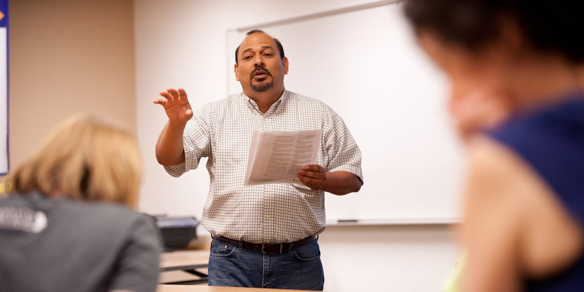 Marvin Lorenzana of Mennonite Mission Network talks to students in Michele Hershberger's Exploring Ministry class Sept. 10, at Hesston College.