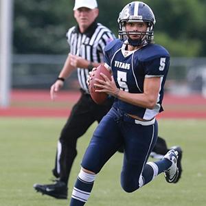 Katie Sowers, KC Titans quarterback