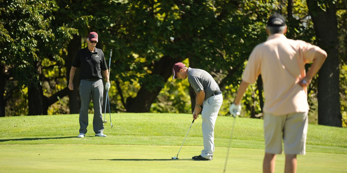Golfers at the 2016 Hesston College Homecoming Golf Benefit.