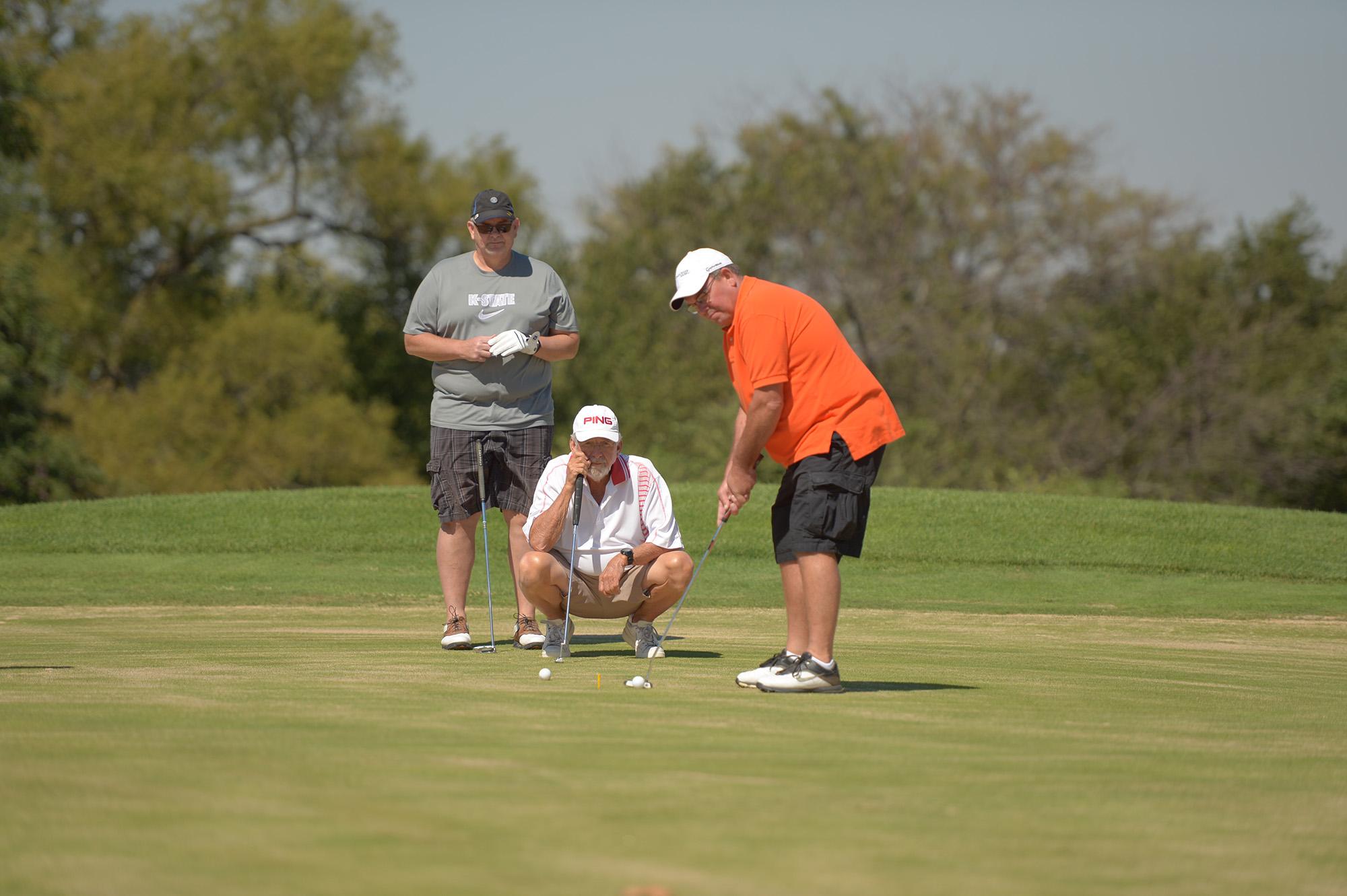 Golf benefit tournament