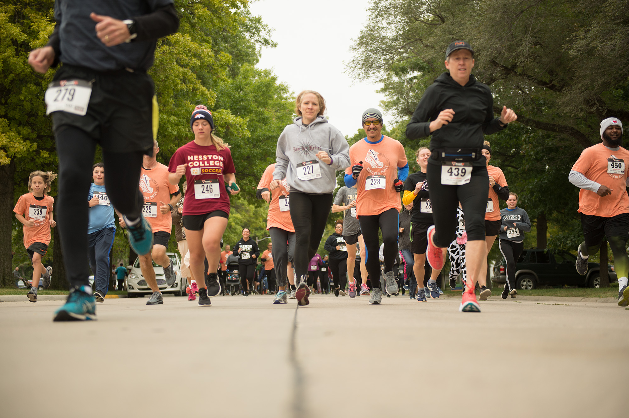 Runners at the start of the 27th annual Manickam Mosey