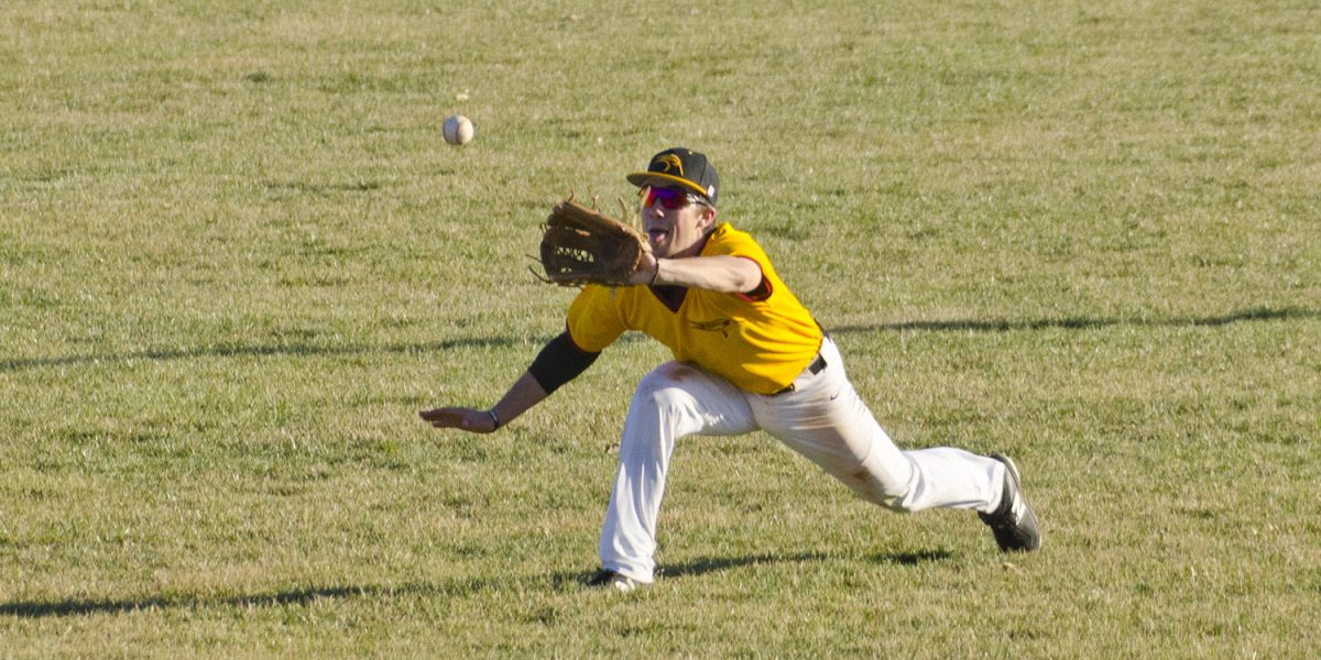 Hesston College baseball action photo by Gerlach