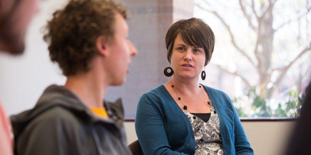 Kendra Burkey advises the Hesston College Horizon staff.